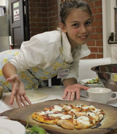 Hannah's Tomato, Caper and Fresh Mozzarella Pizza
