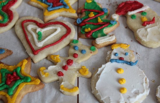 Baking & Decorating Christmas Cookies with the Kids