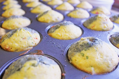 Blue & Yellow Muffin Baked 5492  550