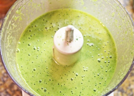 The vinaigrette can be made in the food processor and will have this pretty green color.